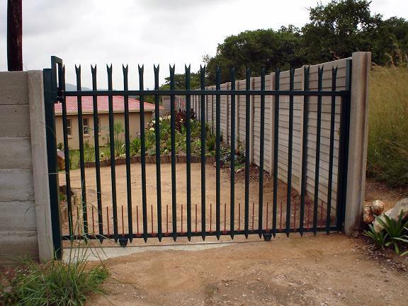 Automatic Palisade Gate